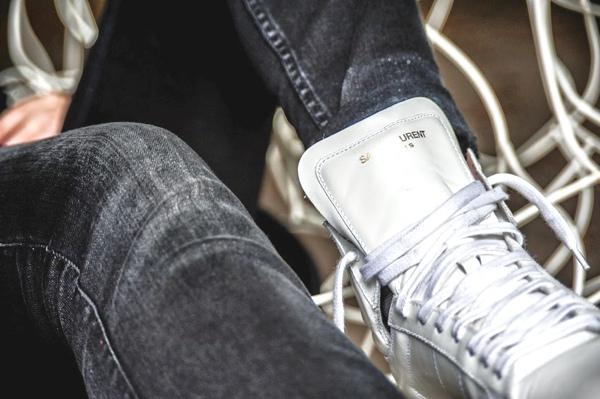 saint laurent sneaker white