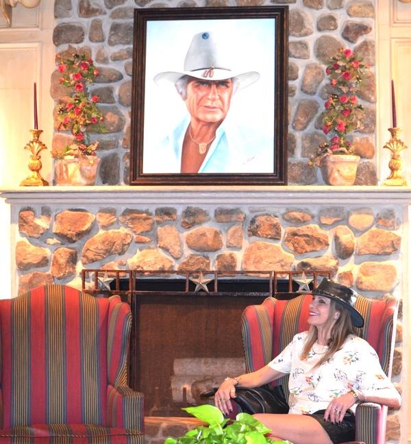 Trend Survivor Nina South fork ranch-Texas fashion blogger style