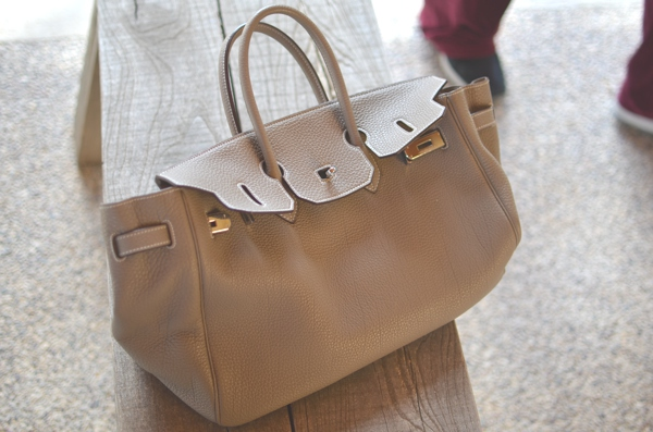 Birkin bag taupe color