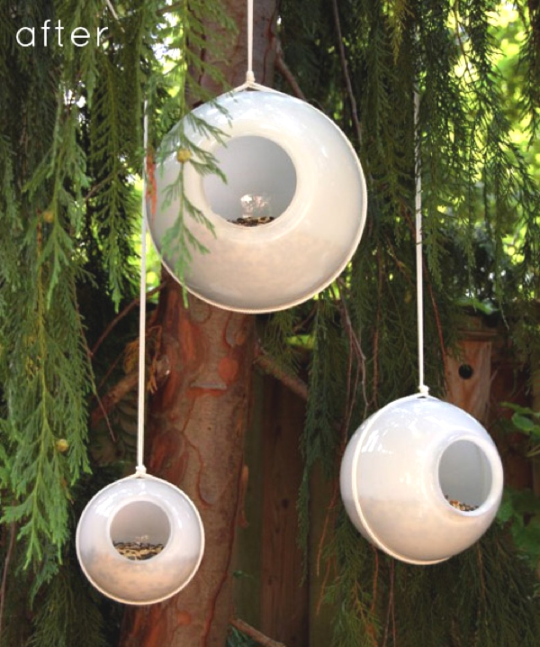 Design Sponge-outdoor-project-turn-an-old-light-globe-into-a-modern-birdfeeder