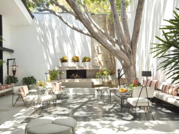 Ellen DeGeneres backyard brody house