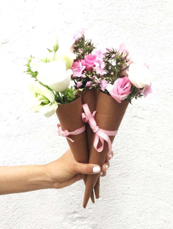DIY- floral cone gift