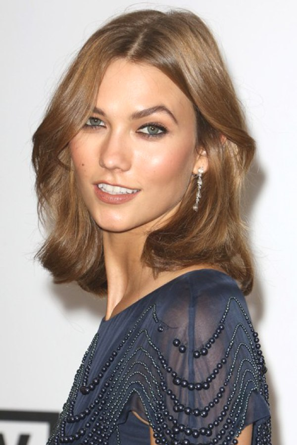 Karlie-Kloss-Vogue-23May14-Rex_b_426x639_1