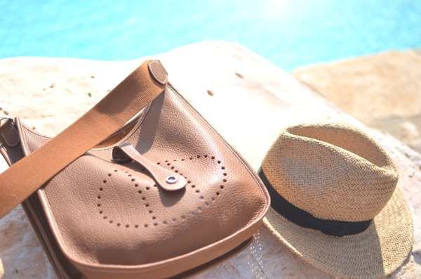 Hermes bag brown cross-body straw hat
