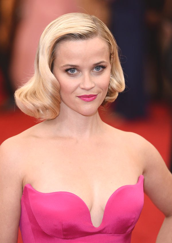 Reese Witherspoon retro bob