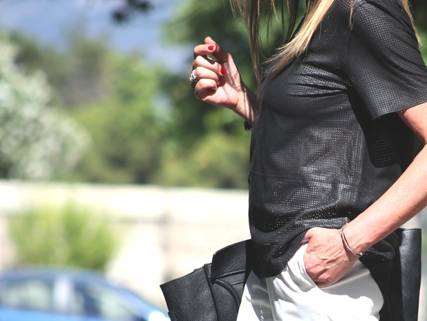 City Look- White Cropped pants Celine bag04