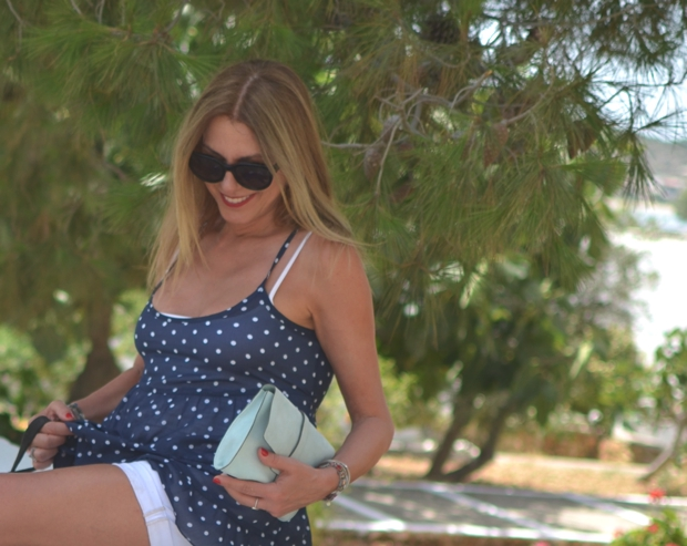 Greek Island Street style Summer Outfit07