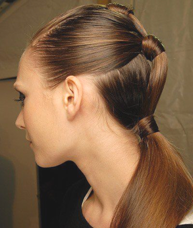 Hair-Trends-Upgraded-Ponytail-Ideas-to-keep-Cool14