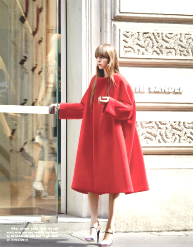 How to wear a red coat