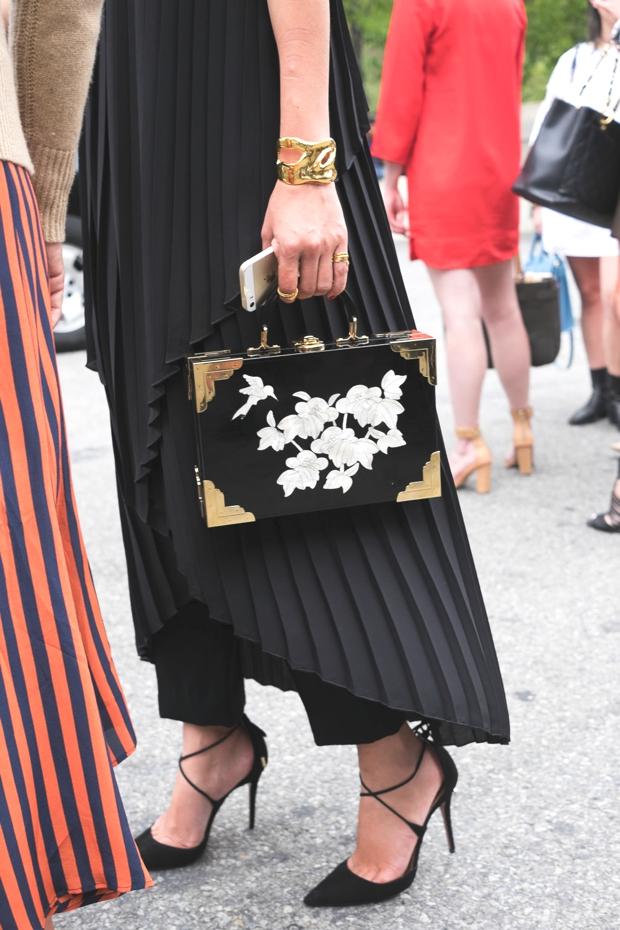 Quirky bags Street Style NYFW SS2015