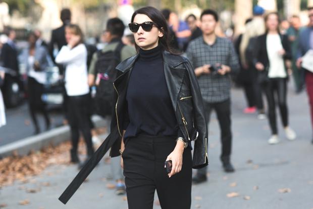 Paris Street Style SS 2015 Total black