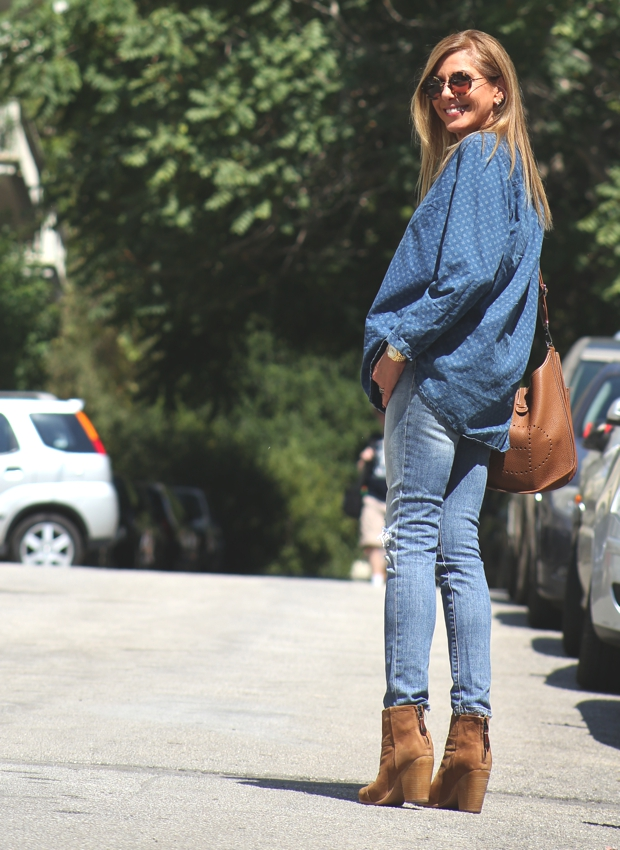 Double denim tan accessories Street style TrendSurvivor
