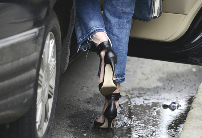 Tommy Ton jeans black shoes