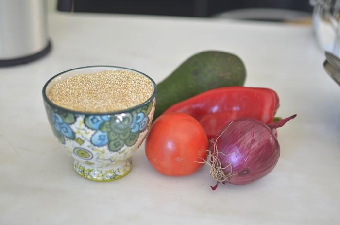 Delicious Mango Quinoa Salad Recipe ingredients