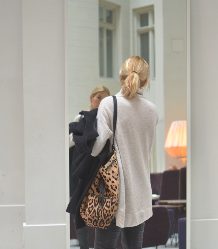 Stockholm Nobis Hotel | How to Wear Oversized Sweaters for Fall