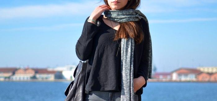 knitted scarf Niki Svolou