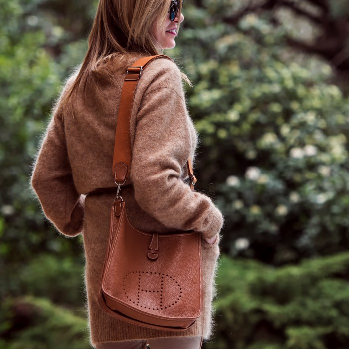 Hermes Evelyn tan bag