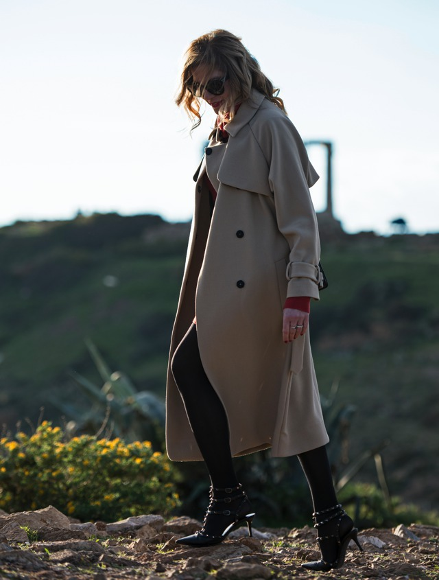 Oversized Oto Mac Finery Camel coat, Nina Papaioannou, TrendSurvivor