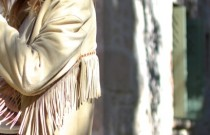 1970s Trend Alert | How to wear a beige leather fringed jacket