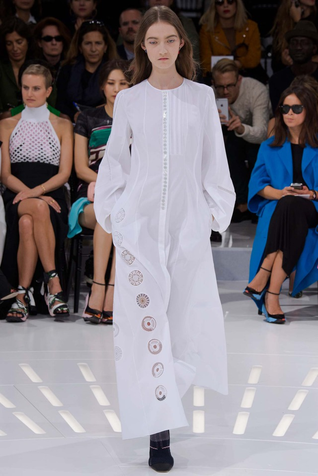Dior white outfit Spring summer 2015