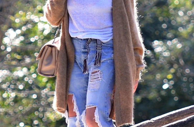 Trend Alert | How to wear ripped boyfriend jeans