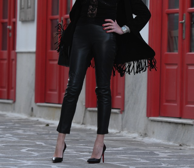 Suede leather long fringed jacket, Mansur Gavriel bucket bag, Christian Louboutin Pigalle08