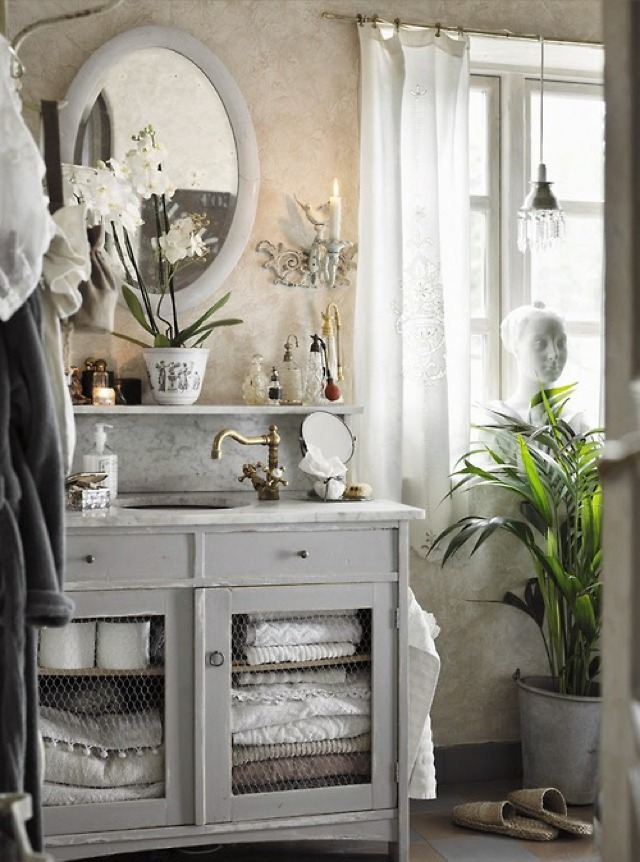 chic bathrooms
