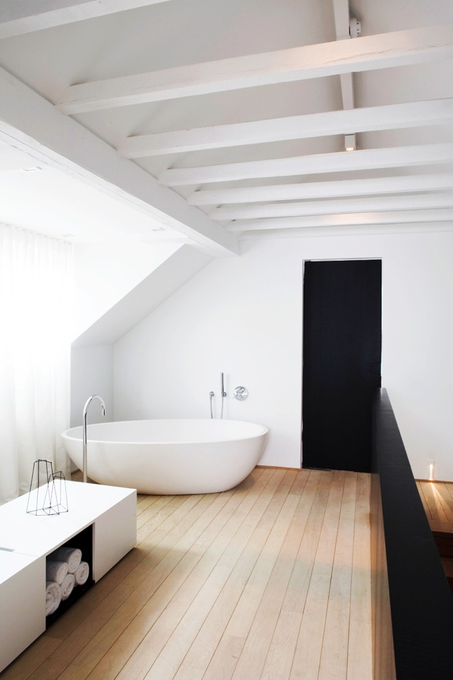 wooden floor bathroom-Home Decor Inspiration | Stylish Bathroom Ideas