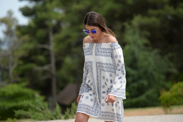 off the shoulder summer dress Coastal blue mirror sunglasses