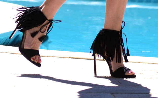 Friday Shoes Day |  The Fringe Sandals Factor