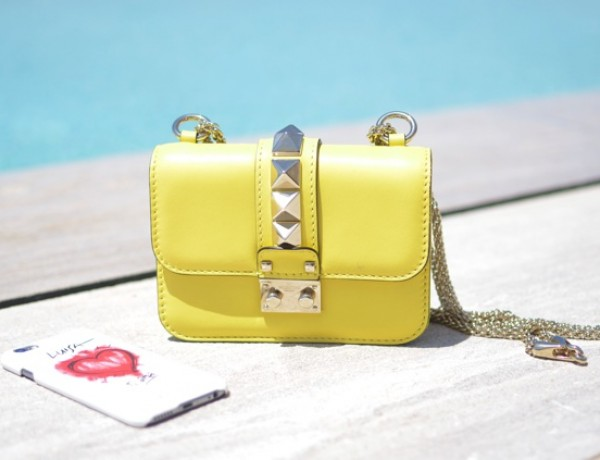 Valentino Lock mini handbag01