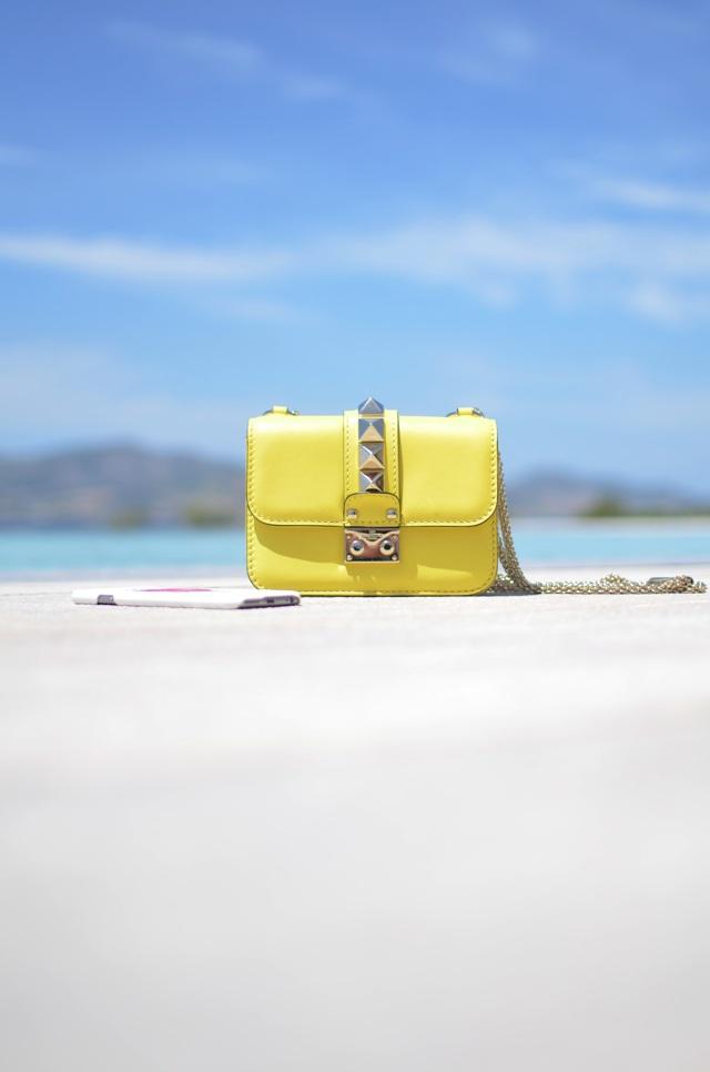 Valentino Lock mini shoulder bags00