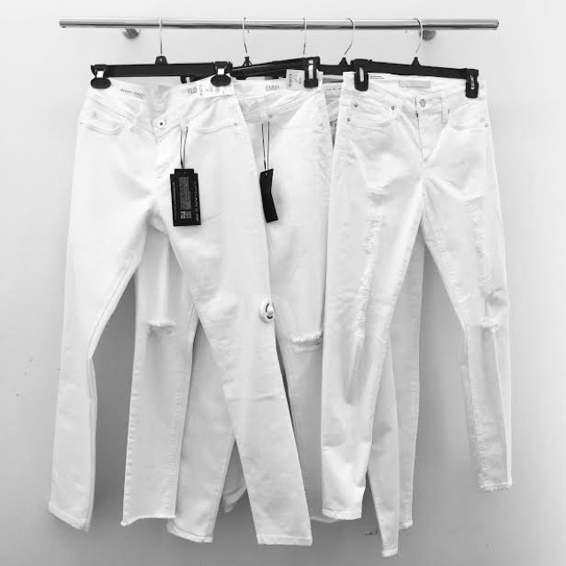 perfect pair of white jeans instagram