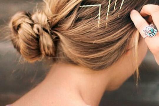Hair ideas with hair pins 03