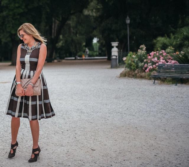 Italian chic, Chanel jumbo beige