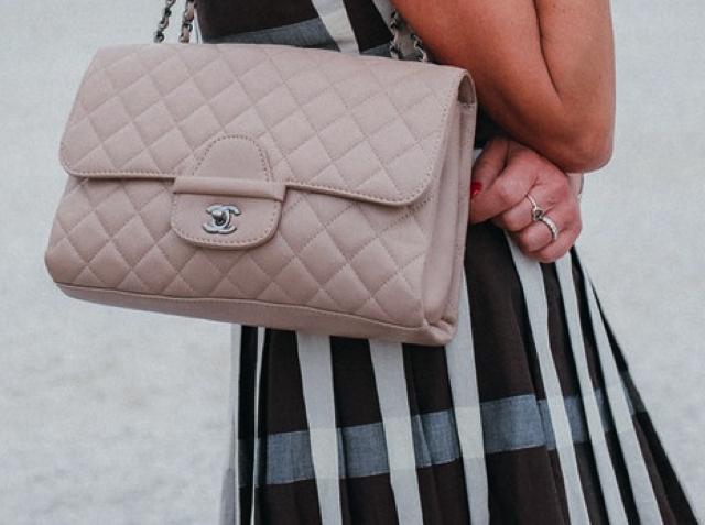 TrendSurvivor Italian Style, Chanel beige Jumbo bag