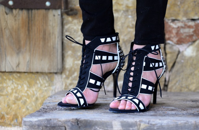 Tsakiris Mallas Black and White Sandals