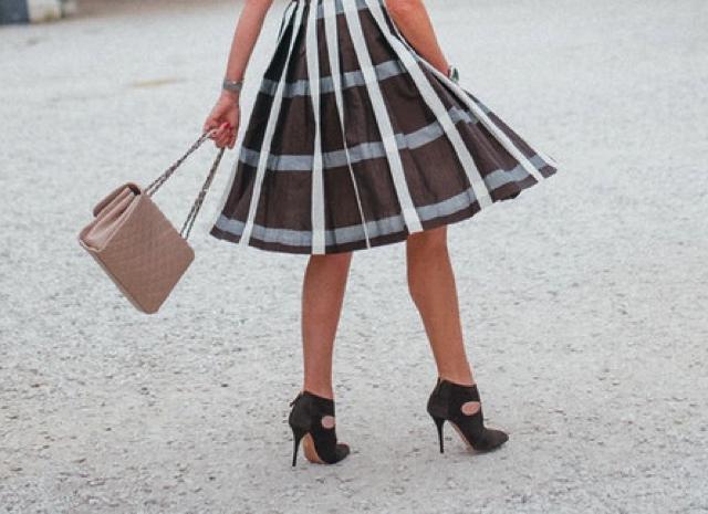pleated skirt Aquazzura suede botties