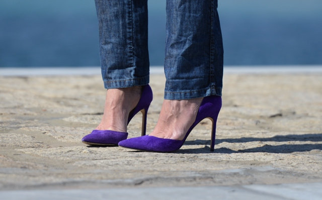 Manolo Blahnik purple suede pumps
