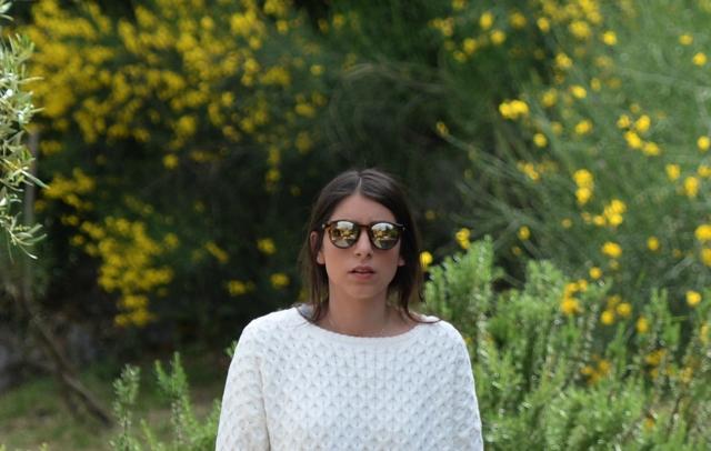 Hey Macarena Le Specs sunglasses street style