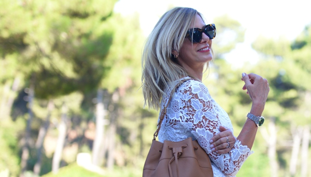 Le Specs brown sunglasses , lace dress, casual summer style, Nina Papaioannou