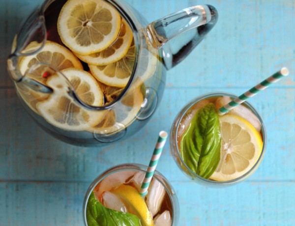 basil and lemon iced tea