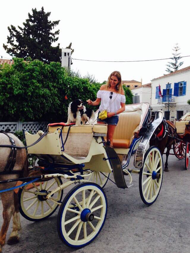 Insatgram summer Greece, Spetses horse and carriage