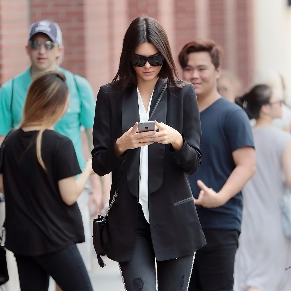 Kendall Jenner tuxedo jacket