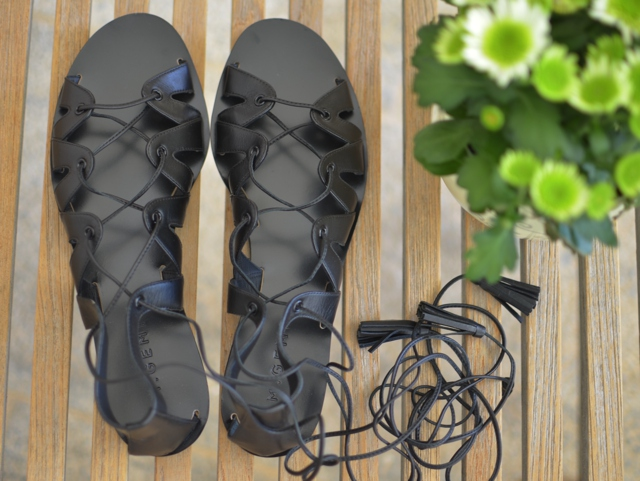 M.Gemi The Filo lace up sandals black