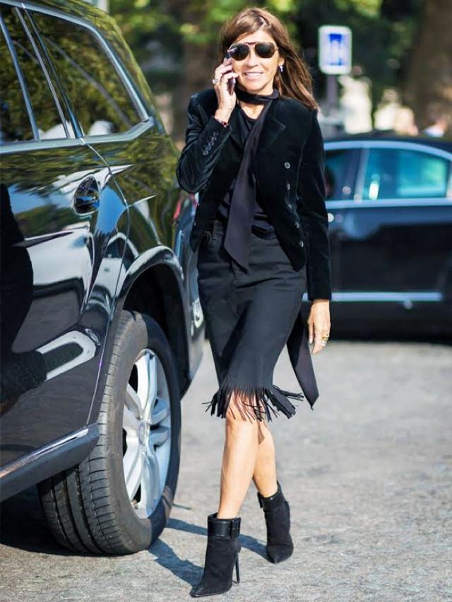 fringed skirt and skinny scarf Emmanuel Alt
