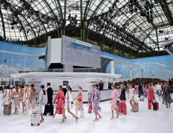 Chanel airport SS 2016
