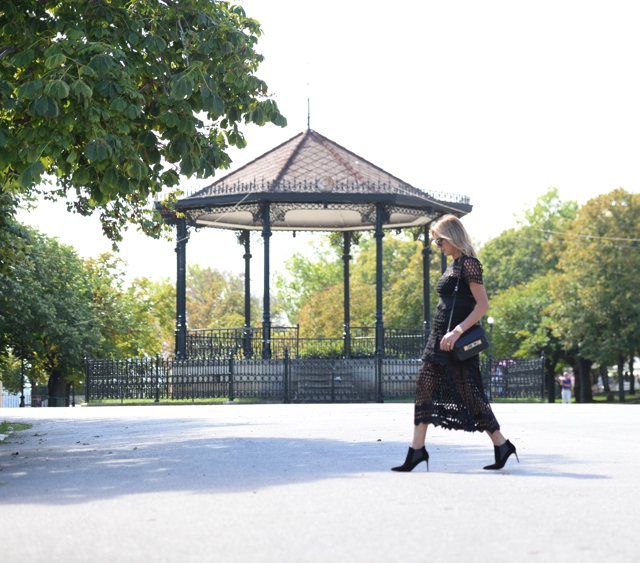 Corfu outfit post day to night dresses
