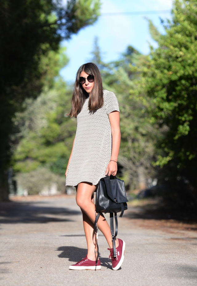 Everyday dress black and white sneakers Niki Svolou
