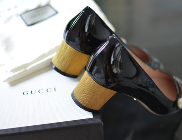 Gucci Arielle patent pumps gold half moon heel SS1602